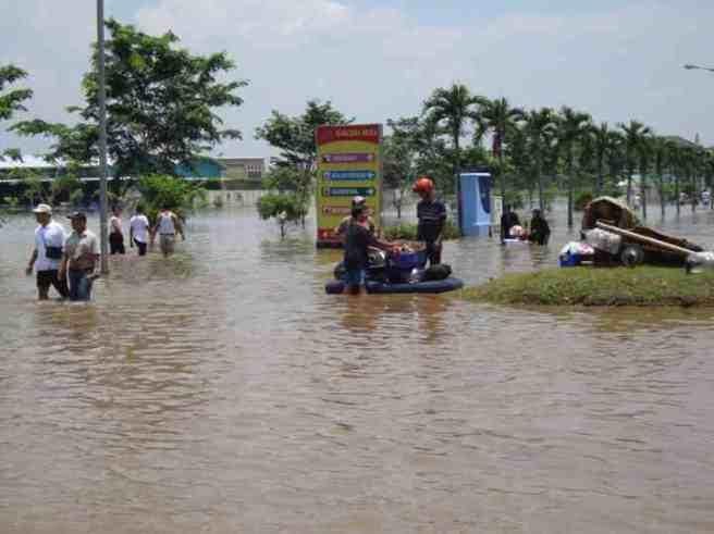 Banjir Karawang Daerah Galuh Mas