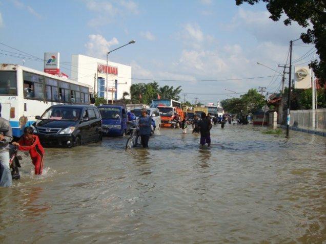 Banjir Karawang 25 Maret 2010