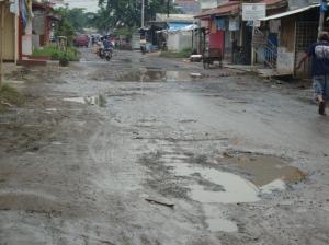 Situasi Depan Posko Setelah banjir Surut